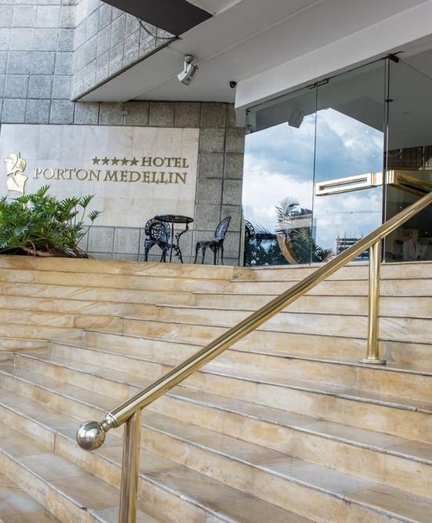 Entrada GHL Hotel Portón Medellín Medellín