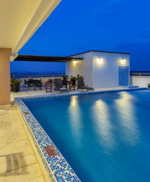 Terraço piscina Sonesta Hotel Barranquilla  Barranquilla