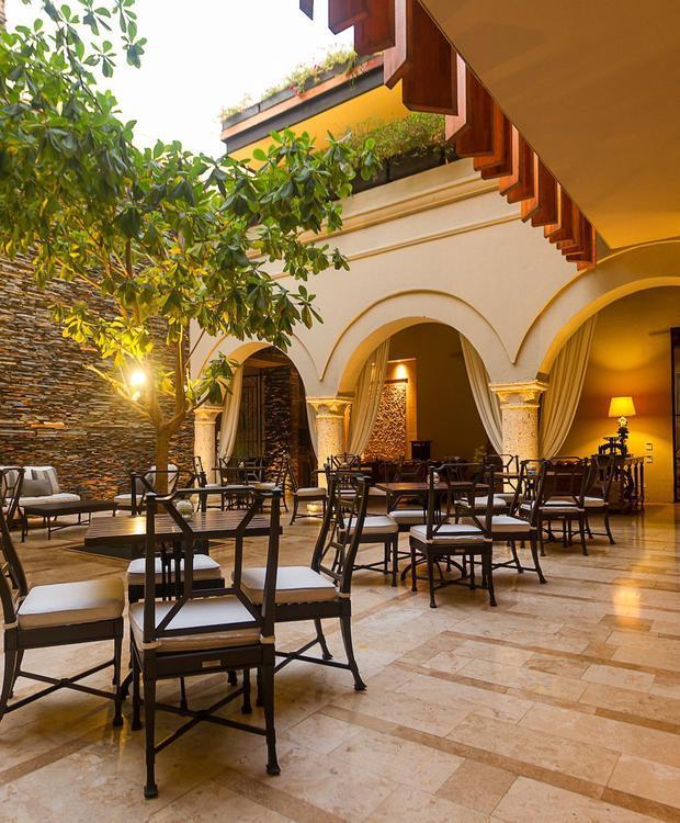 Pátio El Gobernador no Bastión Luxury Hotel Bastión Luxury Hotel Cartagena das Índias
