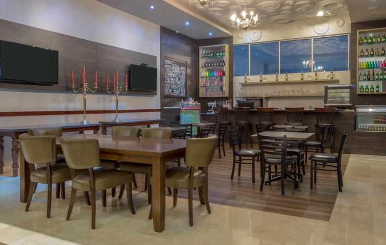 Lobby bar ghl collection barranquilla hotel