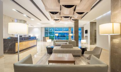 Lobby hotel four points by sheraton barranquilla