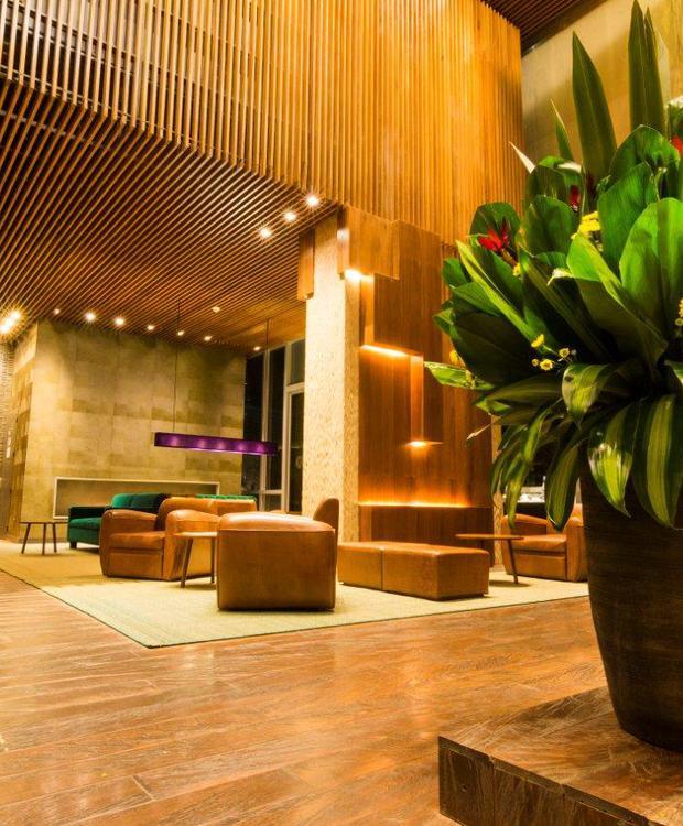 Primer piso Bioxury Hotel Bogota