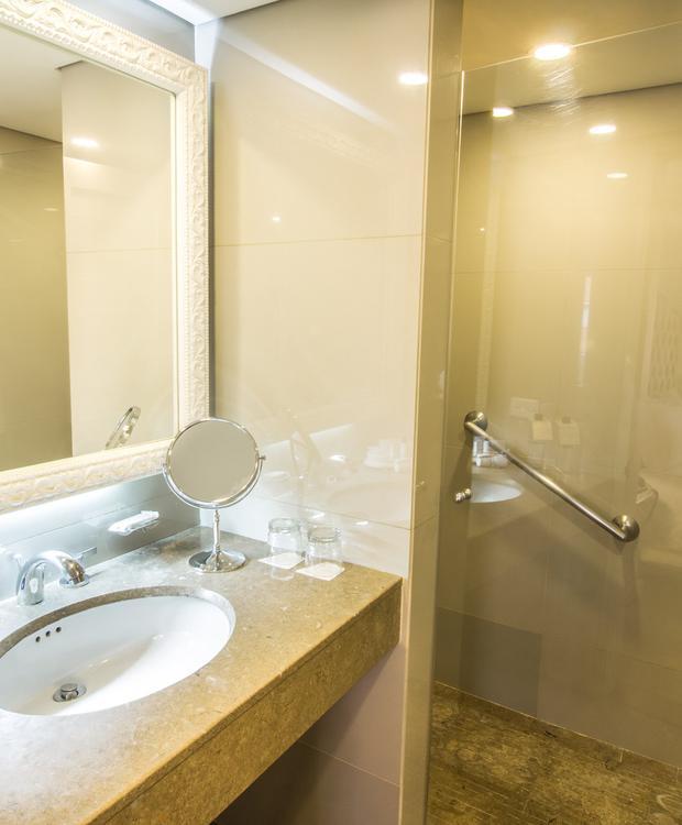 Banheiro Standard GHL Hotel Hamilton Hotel GHL Collection Hamilton Bogota