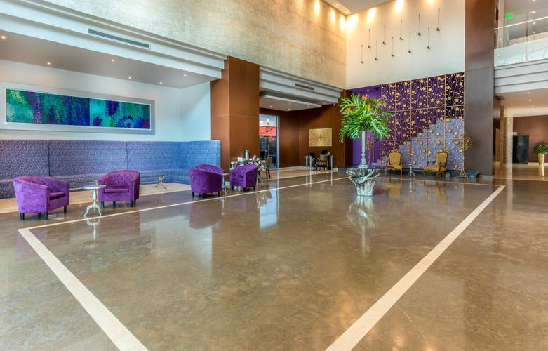 Lobby ghl collection barranquilla hotel