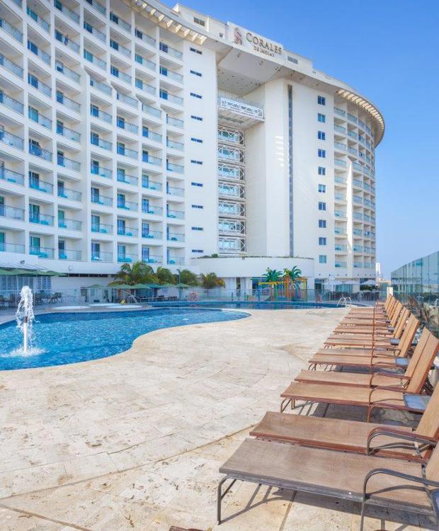 Piscinas Hotel GHL Relax Corais de Indias Cartagena das Índias