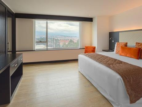 SUITE KING CITY VIEW Hotel Four Points by Sheraton Cuenca Cuenca
