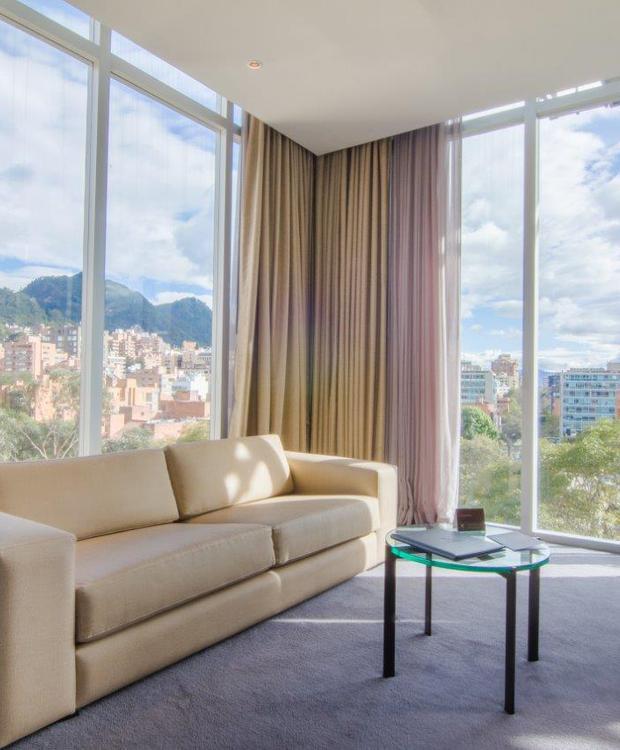 Sala Habitación Master King Bioxury Hotel Bogota
