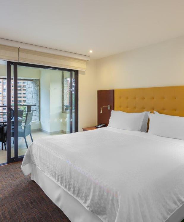 Habitacion Suite Hotel Four Points by Sheraton Medellín Medellín