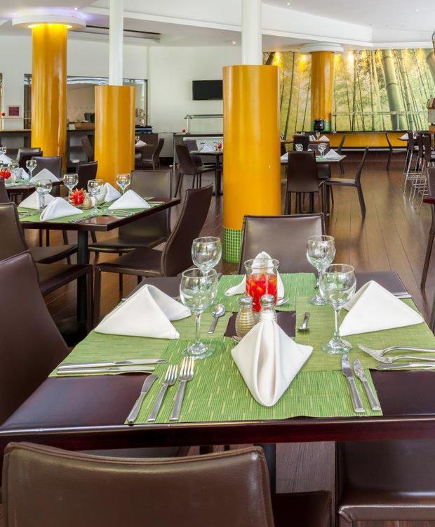 Restaurante Cook´s Hotel Four Points by Sheraton Medellín Medellín