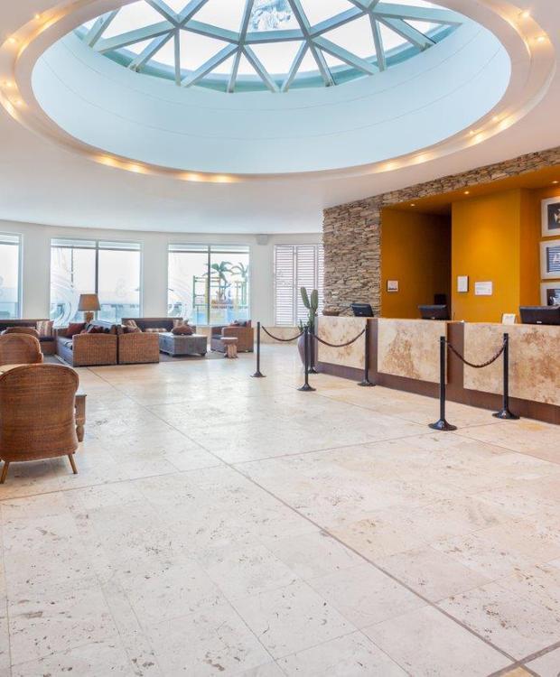 Lobby Hotel GHL Relax Corais de Indias Cartagena das Índias