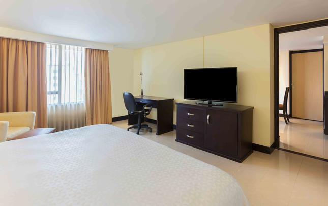 SUITE Hotel Four Points by Sheraton Cali Cali