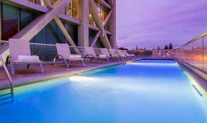 Piscina hotel four points by sheraton los angeles