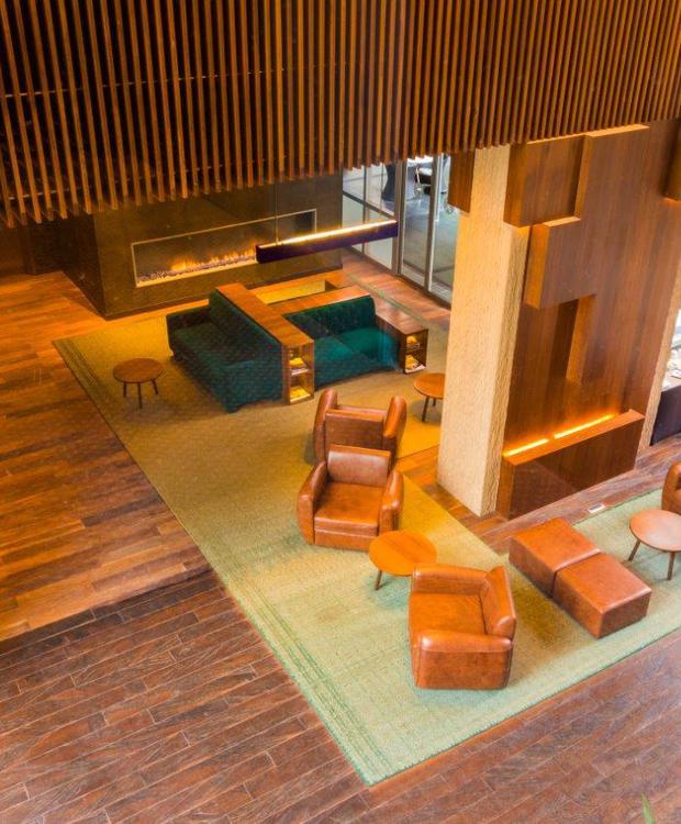 Recepción Bioxury Hotel Bogota