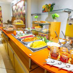 CAFÉ DA MANHÃ BUFFET Hotel Four Points by Sheraton Cali Cali