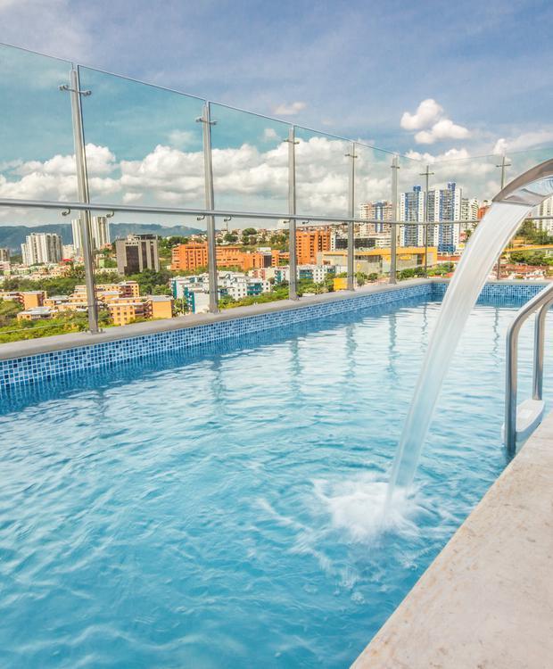 Piscina Sonesta Hotel Bucaramanga Bucaramanga