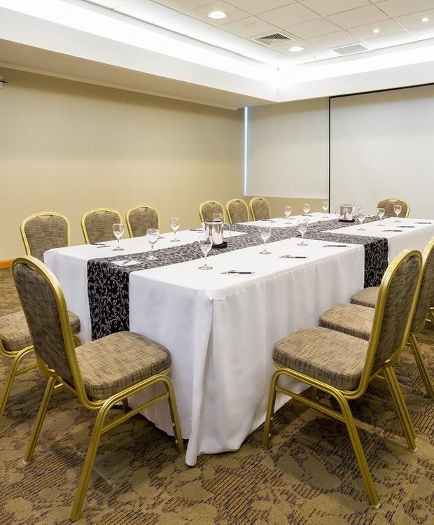 Sala de reuniões Sonesta Hotel Osorno Osorno