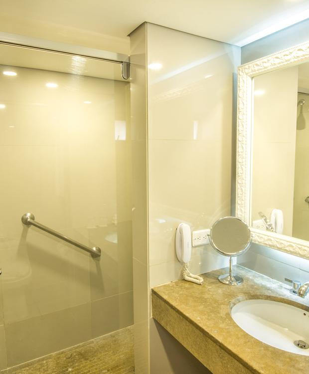 Banheiro Twin GHL Hotel Hamilton Hotel GHL Collection Hamilton Bogota