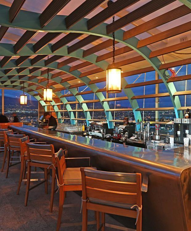 8vo Bar Restaurant Sheraton San José Hotel San José